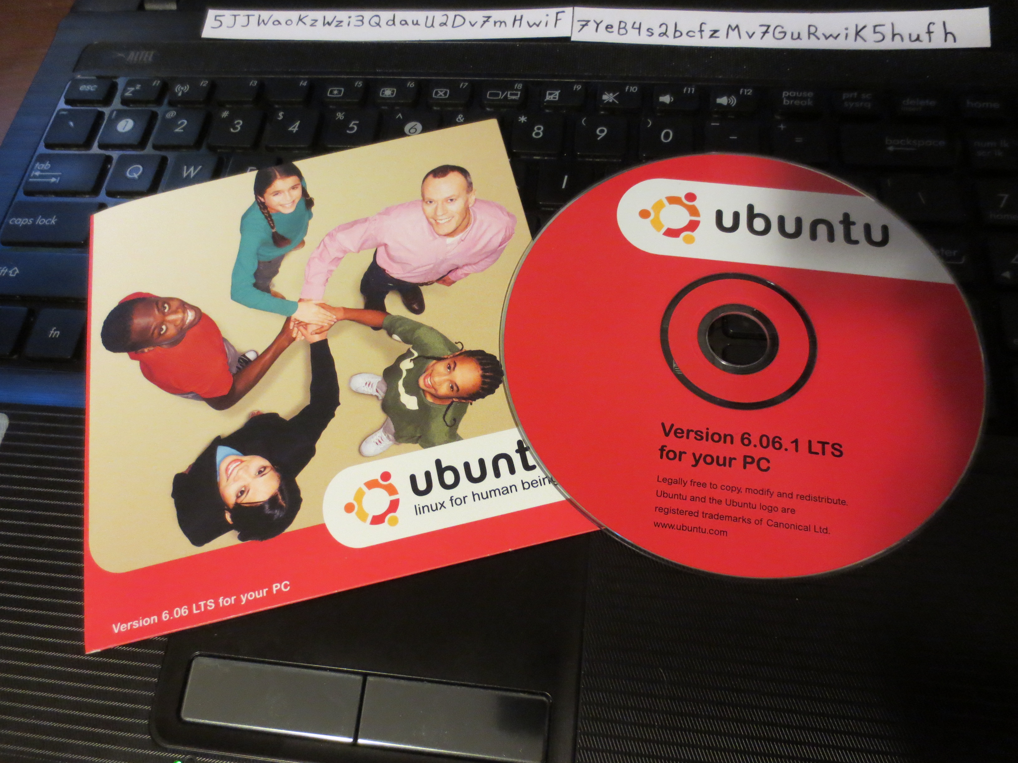 My first ubuntu CD. dapper drake. I'll never forget it!