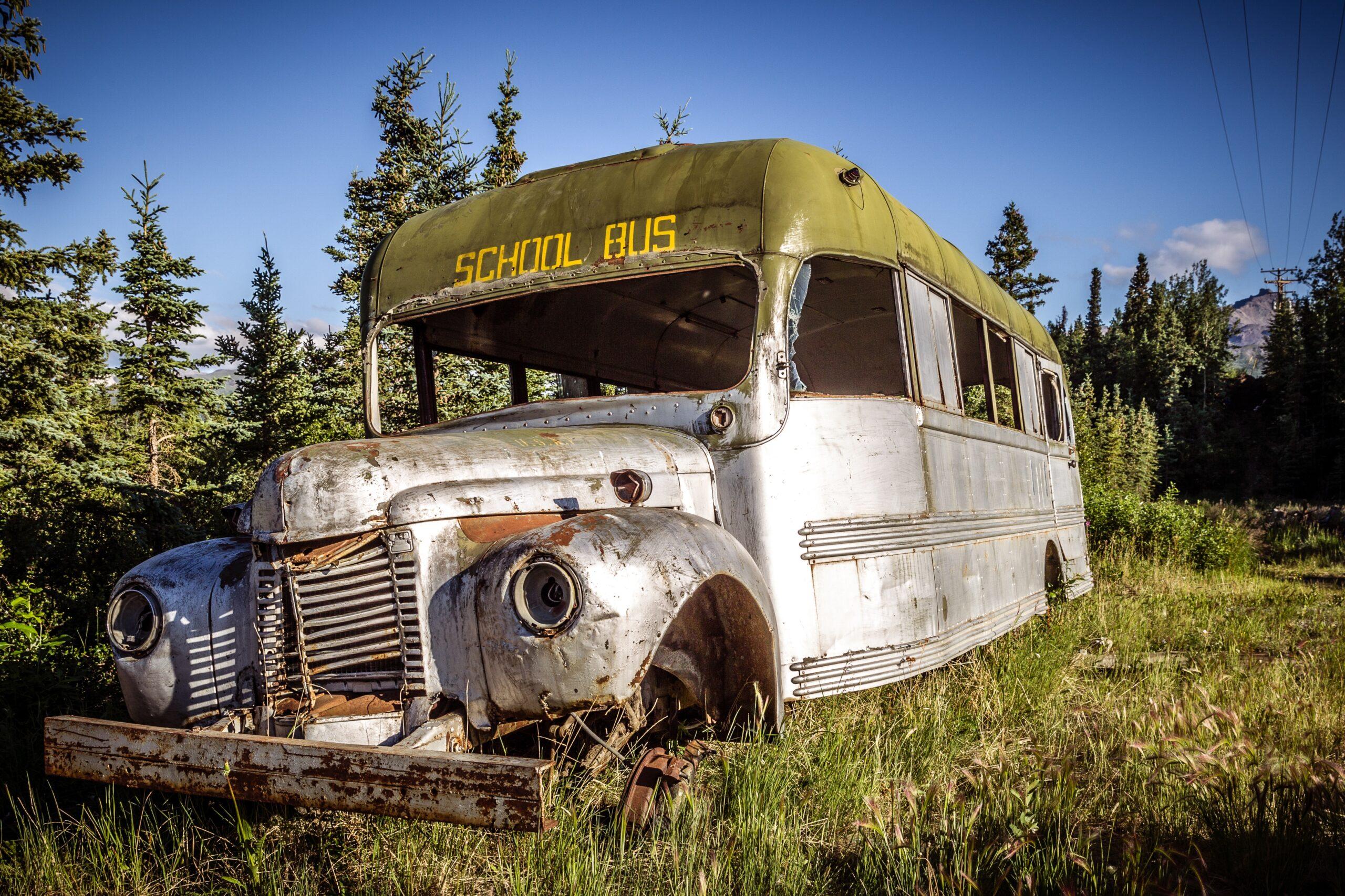 old bus, weathered, nostalgia